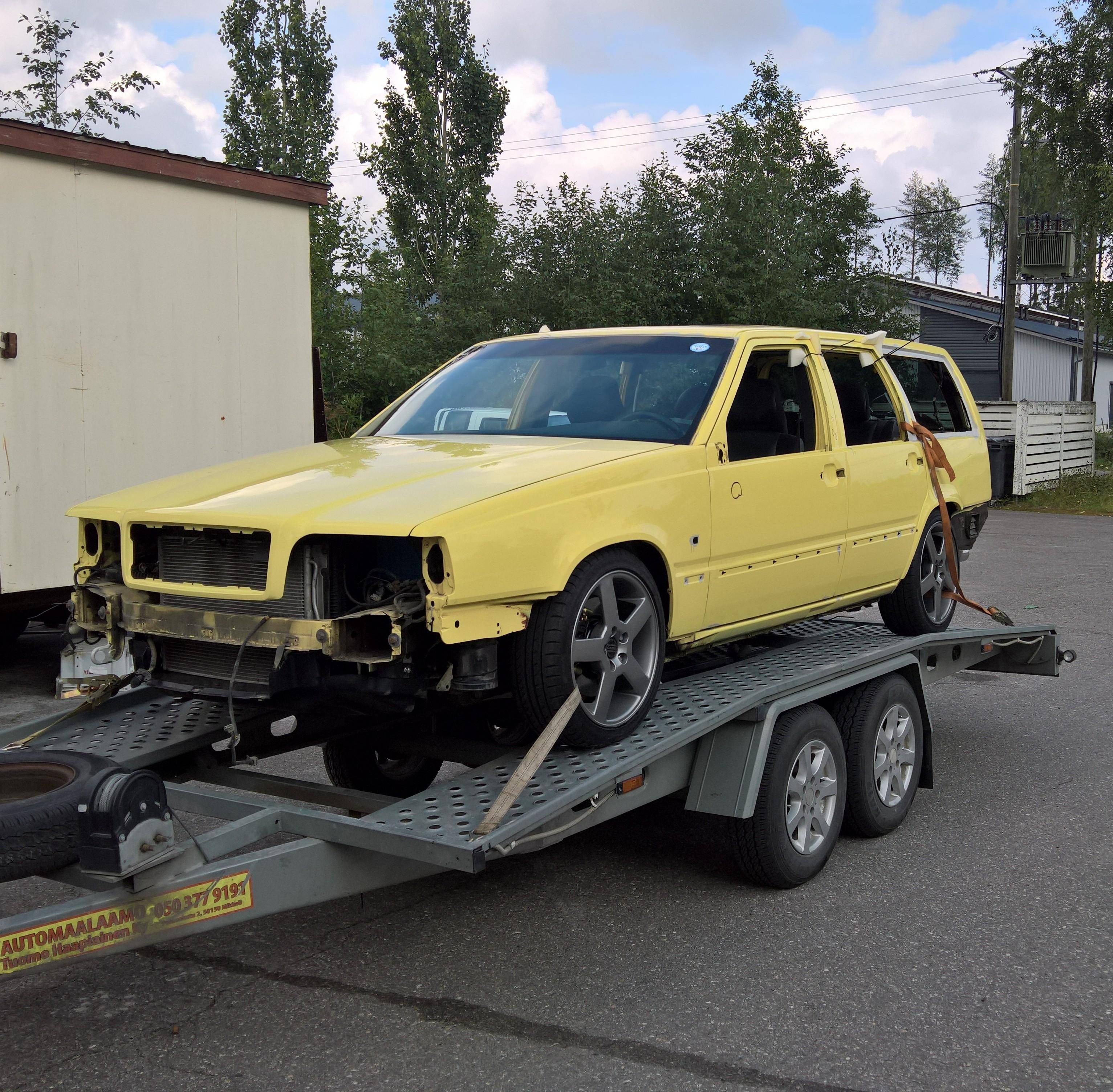"Volvo 850 T-5R Sportswagon ""T-Gul"""